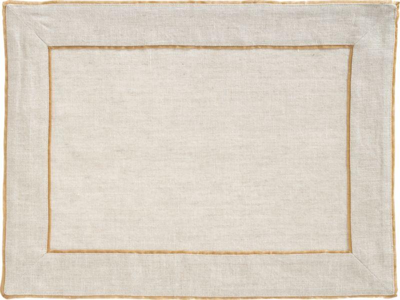 Gold silk flange trim frames 100% natural linen in simple elegance. Refined neutrals set a sophisticated table for casual or formal dining.<br /><br /><NEWTAG/><ul><li>100% linen</li><li>100% silk trim</li><li>Machine wash; dry flat, warm iron as needed</li><li>Made in India</li></ul>