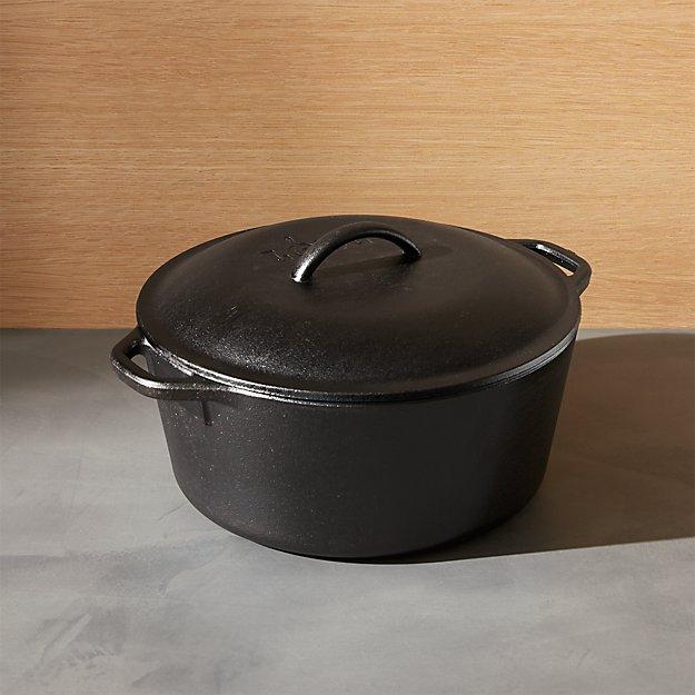 Lodge ® Cast Iron 5qt. Dutch Oven