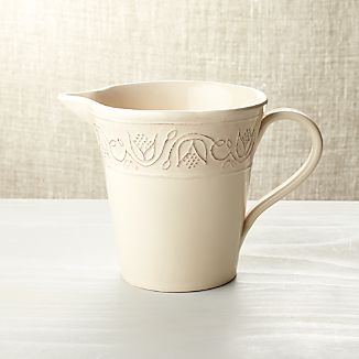 Lucera Pitcher