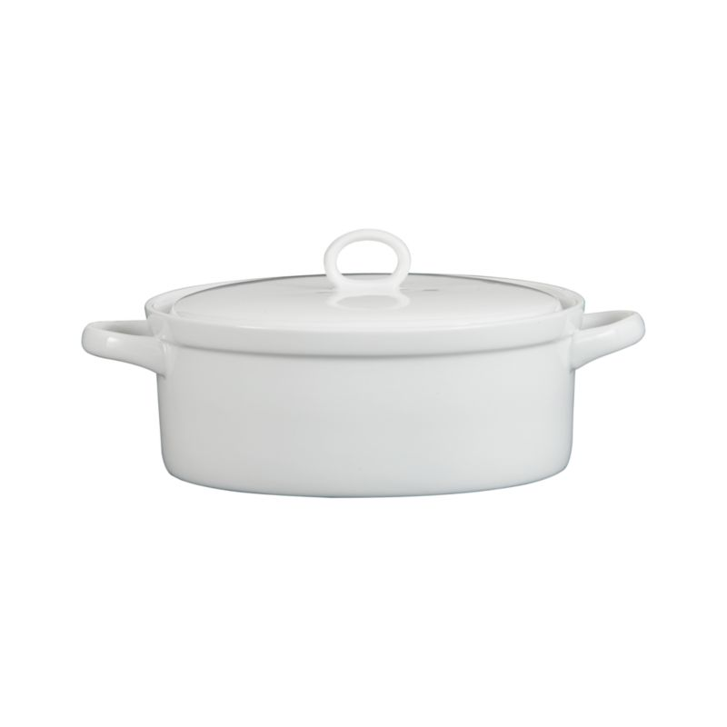 All-purpose lidded casserole in durable white porcelain goes from oven to table in style.<br /><br /><NEWTAG/><ul><li>Porcelain</li><li>Dishwasher-, microwave- and oven-safe to 400 degrees</li><li>Made in China</li></ul>