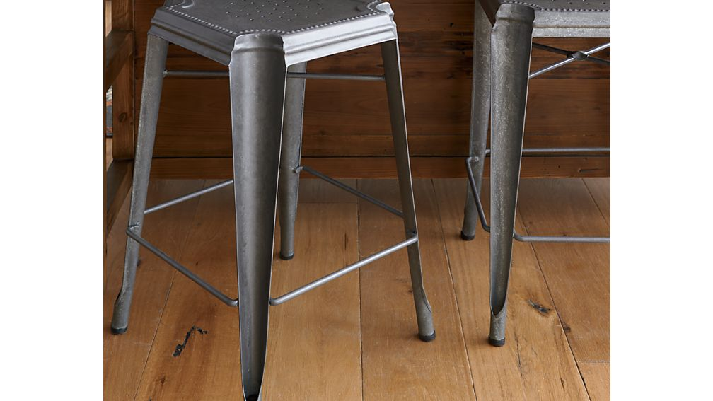 Lyle Backless Counter Stool