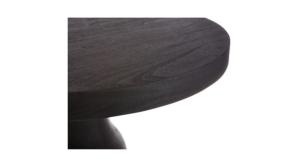 Marengo Pedestal Table