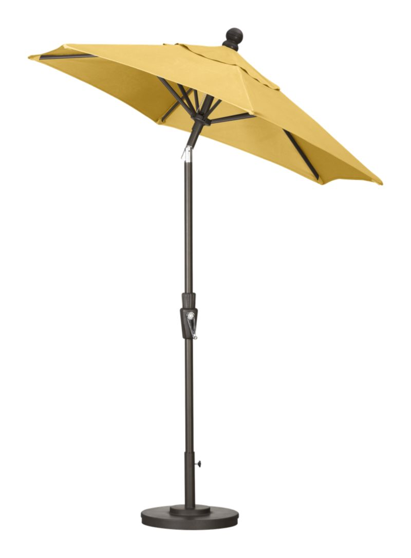 Daffodil brightens this outdoor umbrella
