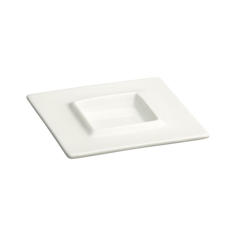 Stylish geometric with raised inner rim adds professional polish to condiments and small bites.<br /><br /><NEWTAG/><ul><li>Porcelain</li><li>Dip glazed</li><li>Dishwasher-, microwave-, oven- and freezer-safe</li></ul>