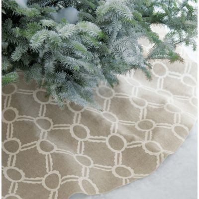 Noelle Ivory Tree Skirt