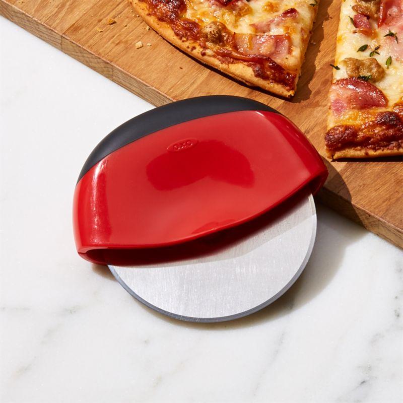 OXO ® Clean Cut Pizza Cutter
