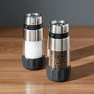 OXO ® Salt and Pepper Grinder Set