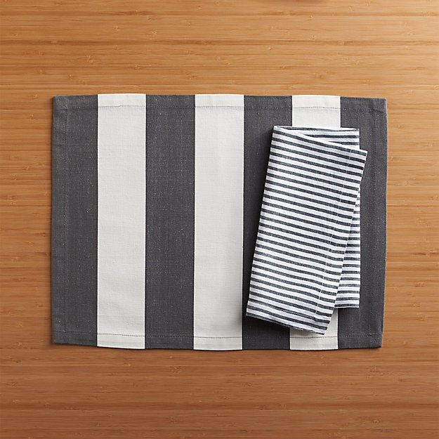 Olin Graphite Placemat and Liam Grey Stripe Linen Napkin