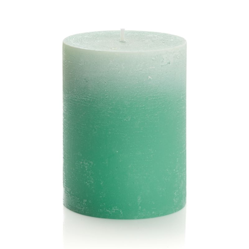 Candlelight enhances the nuanced glow of a single color as it deepens from light to dark. Subtle texture adds a natural note to the fresh, spring-like color.<br /><br /><NEWTAG/><ul><li>Paraffin wax</li><li>Cotton wick</li><li>Burn time: 50 hours</li><li>Made in Thailand</li></ul>