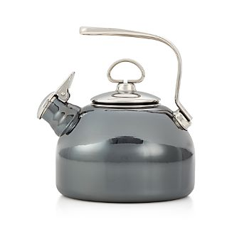 Chantal ® Classic Onyx Whistling Tea Kettle
