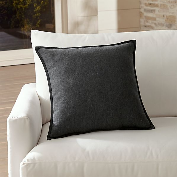OutdoorPillowCharcoal20InSHS17
