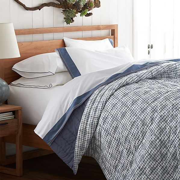 Crate And Barrel Bedroom: Oxford Blue Twin Quilt In Outlet Accessories
