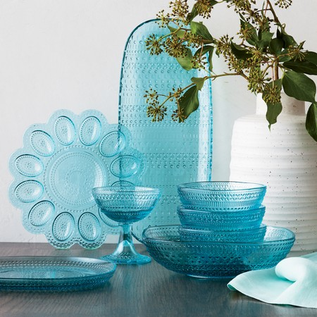 Phoebe Dinnerware and Serveware