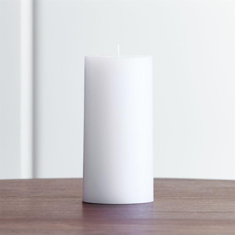 Stock up on the classic white pillar candle, in a variety of sizes.<br /><br /><NEWTAG/><ul><li>Paraffin wax</li><li>Cotton wick</li><li>Unscented</li><li>Burn time: 85 hours</li><li>Made in India</li></ul>