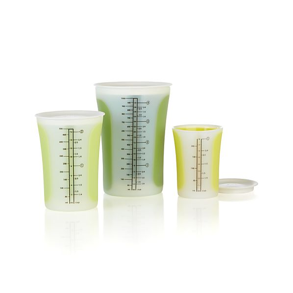 3-Piece Pinch & Pour Measuring Cup with Lid Set