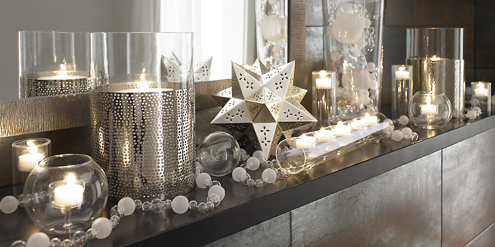 To Decorate the Holiday Mantel