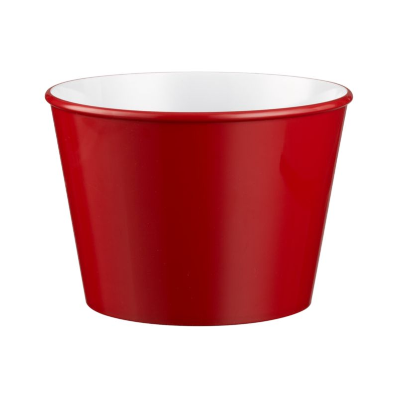 Versatile popcorn tub with a bright red exterior and white interior has the look of ceramic in durable melamine. Fill popcorn bowl for movie night or use it for entertaining year round.<br /><br /><NEWTAG/><ul><li>100% melamine</li><li>Top-rack dishwasher-safe</li><li>Made in China</li></ul>
