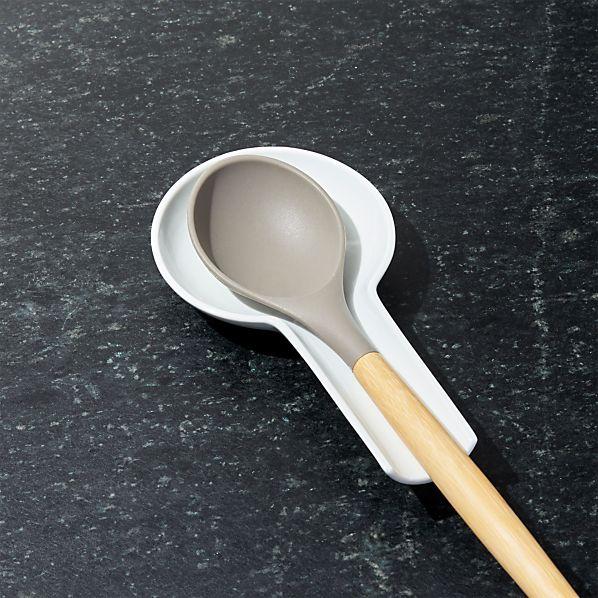 PorcelainSpoonRestROF16