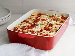 Potluck Lasagna Red Baking Dish
