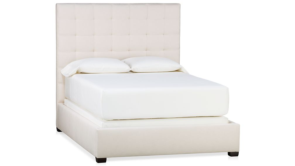 Quadrant Upholstered Full Bed