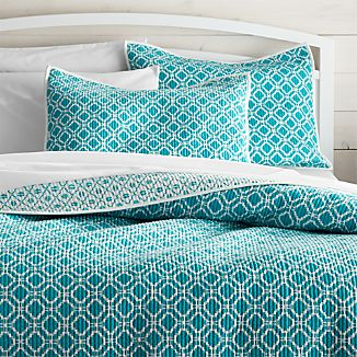 Raj Reversible Bright Blue Quilts and Pillow Shams
