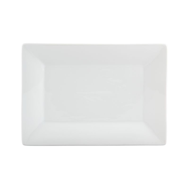 Serve on the long and narrow. White porcelain platter is framed with a wide flared rim.<br /><br /><NEWTAG/><ul><li>Porcelain</li><li>Dishwasher-, microwave- and oven-safe</li><li>Made in China</li></ul>