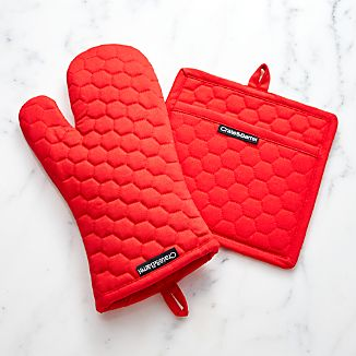 Red Oven Mitt and Pot Holder