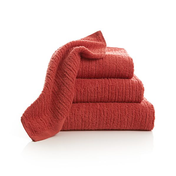 Ribbed Coral Bath Towels