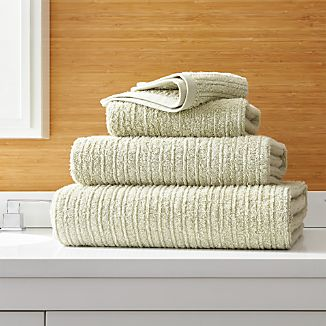 Ribbed Sage Green Bath Towels