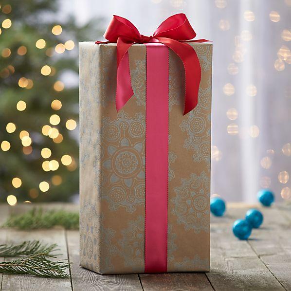 Scandi Snowflake Gift Wrap
