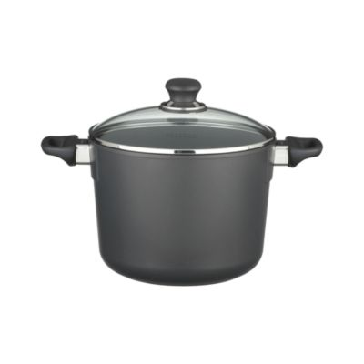 Scanpan�� Classic 8 qt. Covered Stock Pot