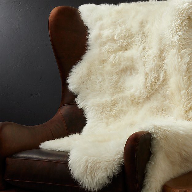 "Sheepskin Ivory 42""x72"" Throw/Rug"