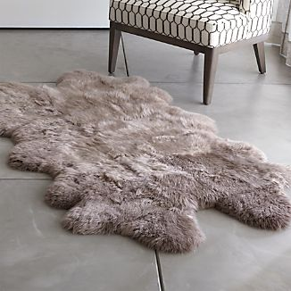 Sheepskin Taupe Throw/Rugs