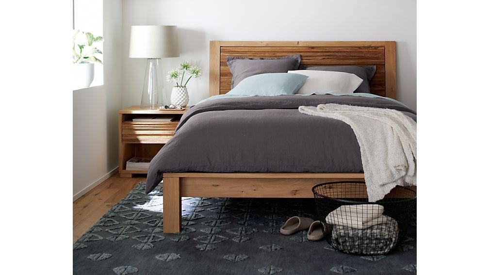 Sierra Queen Bed