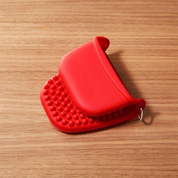 """Silicone Red 4"""" Pinch Mitt"""