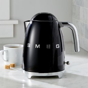 Smeg Black Retro Electric Kettle