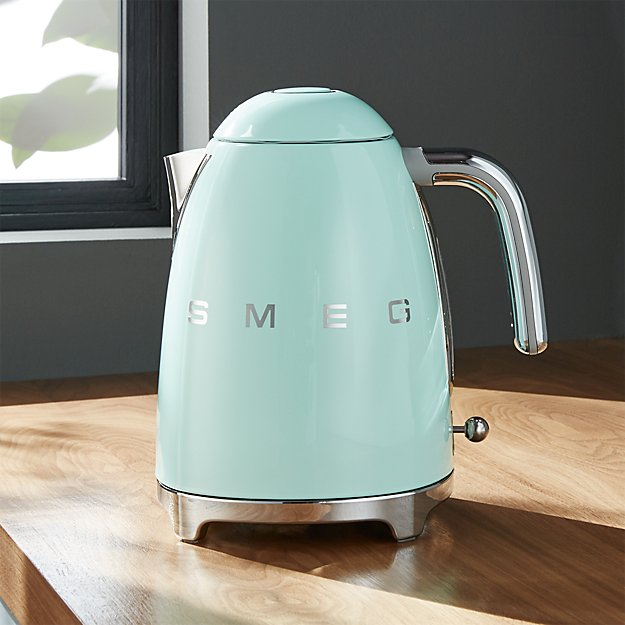 Smeg Pastel Green Retro Electric Kettle Crate And Barrel
