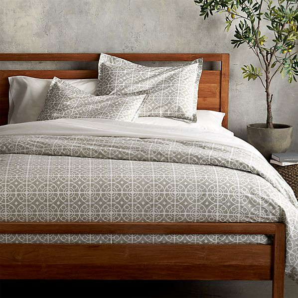 Taza grey duvet covers and pillow shams crate and barrel for Crate barrel comforter