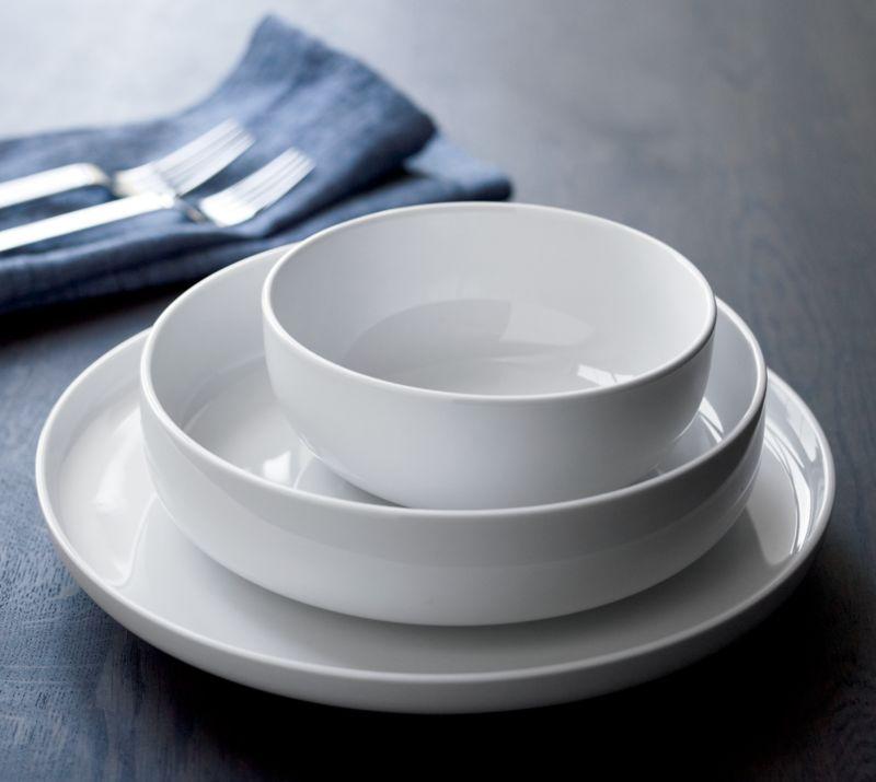 Toben Dinnerware