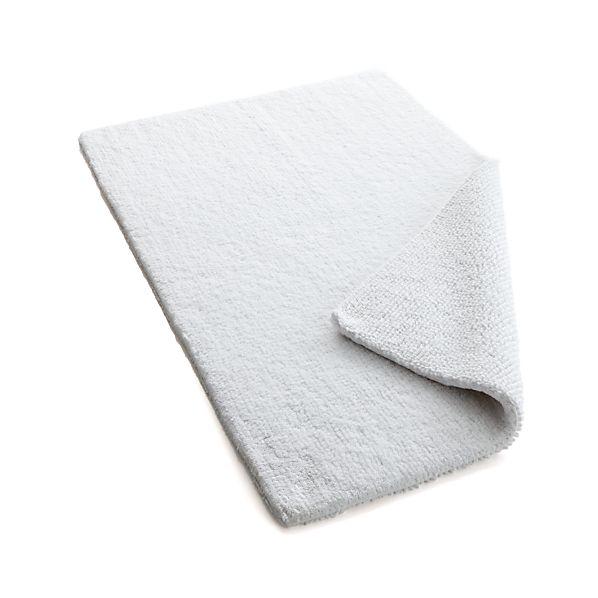 Traverse Reversible White Bath Rug
