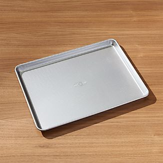 USA Pan Pro Line Non-Stick Baking Sheet