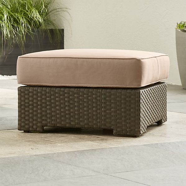 Ventura Ottoman with Sunbrella ® Cushion