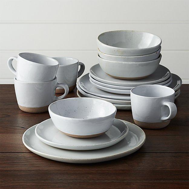 Welcome 16-Piece Dinnerware Set