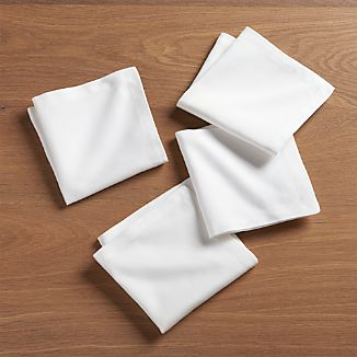 Set of 4 White Cloth Cocktail Napkins