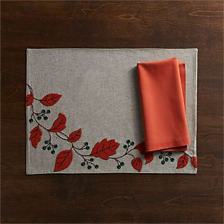 Willa Placemat and Fete Sienna Napkin