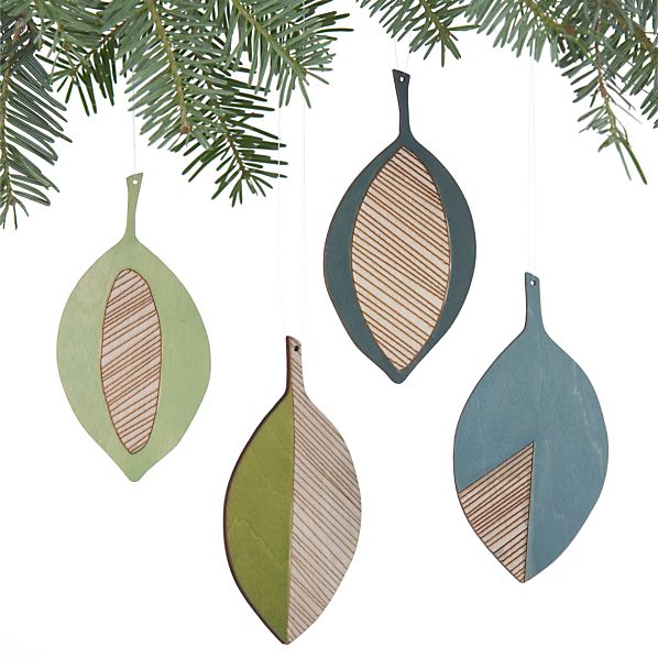 Set of 4 Wood Leaf Ornaments
