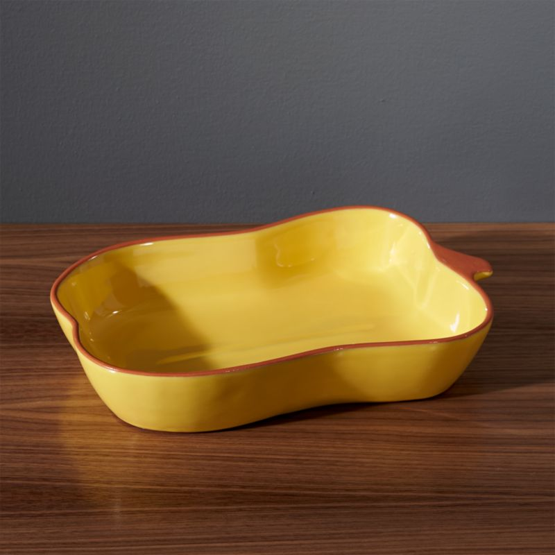 Yellow Pepper Baking Dish