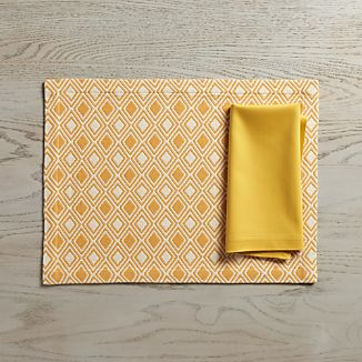 Zahara Yellow Placemat and Fete Mustard Cloth Napkin