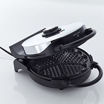 CucinaPro Classic Heart Shaped Waffler