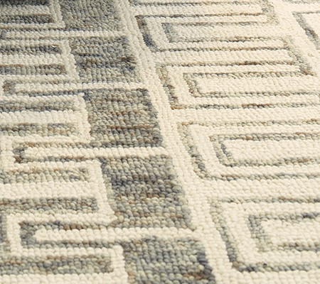 zoomed in photo of rug